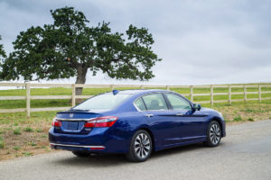 2017 Honda Accord Hybrid Rear34