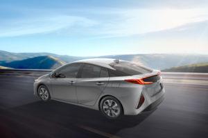 2017_Toyota_Prius_Prime_r34