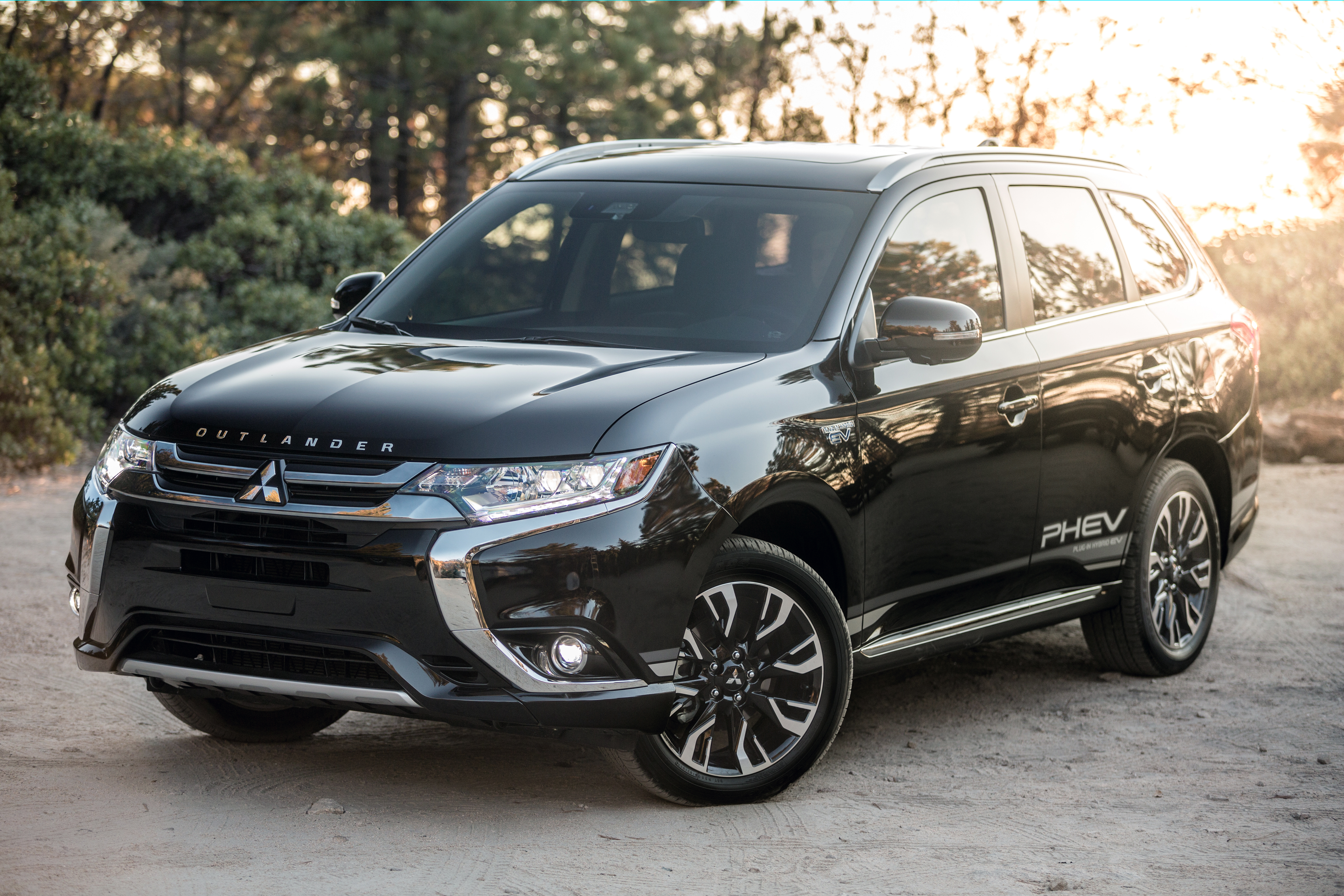 Mitsubishi Outlander Phev Lots To Like But The Green Car Guy