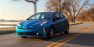 Snow Play in the 2019 Prius and Prius AWD-e