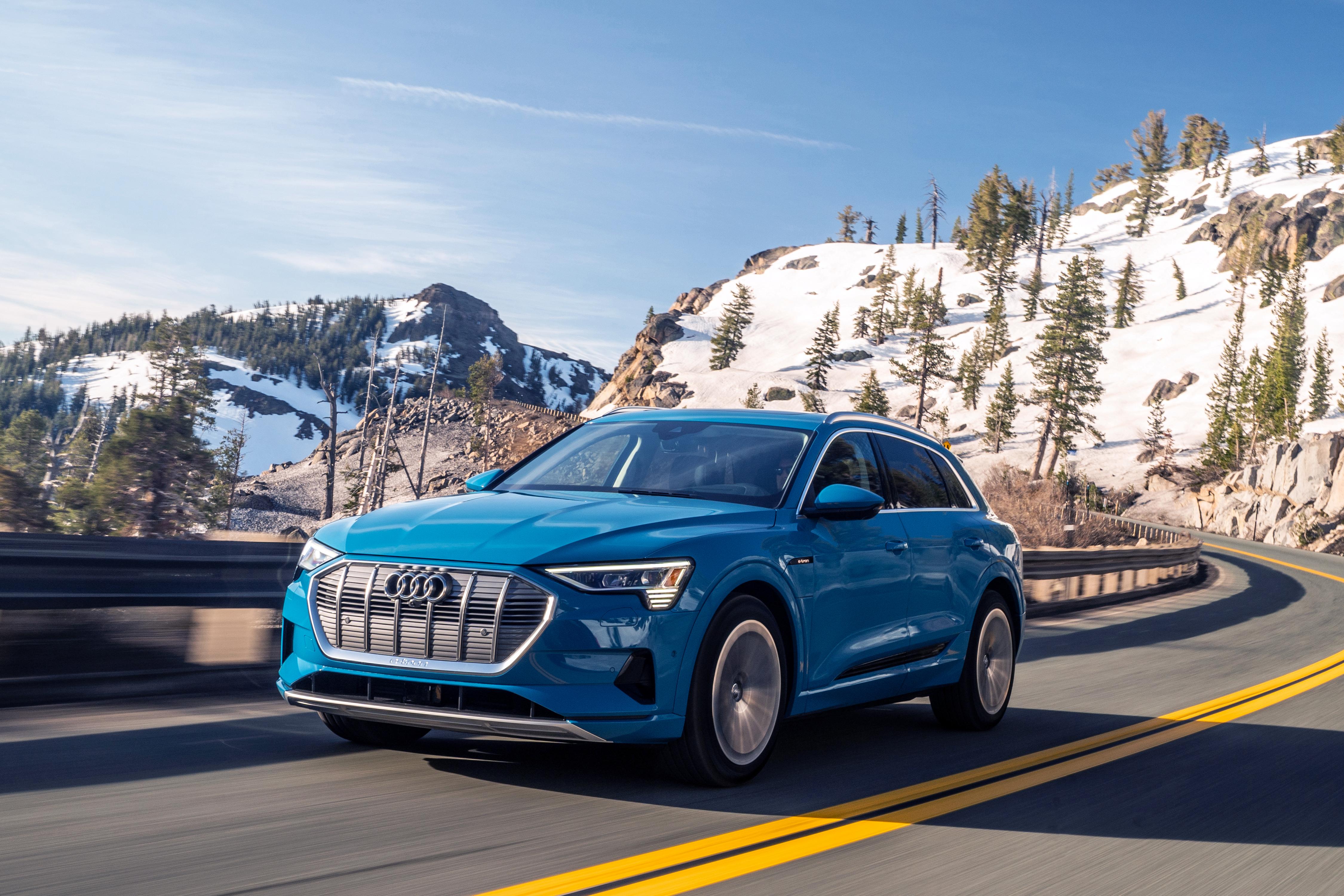 Audi e-Tron front action