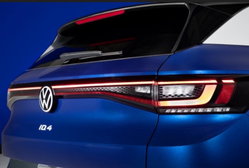 VW ID.4 uses LED tail lights.