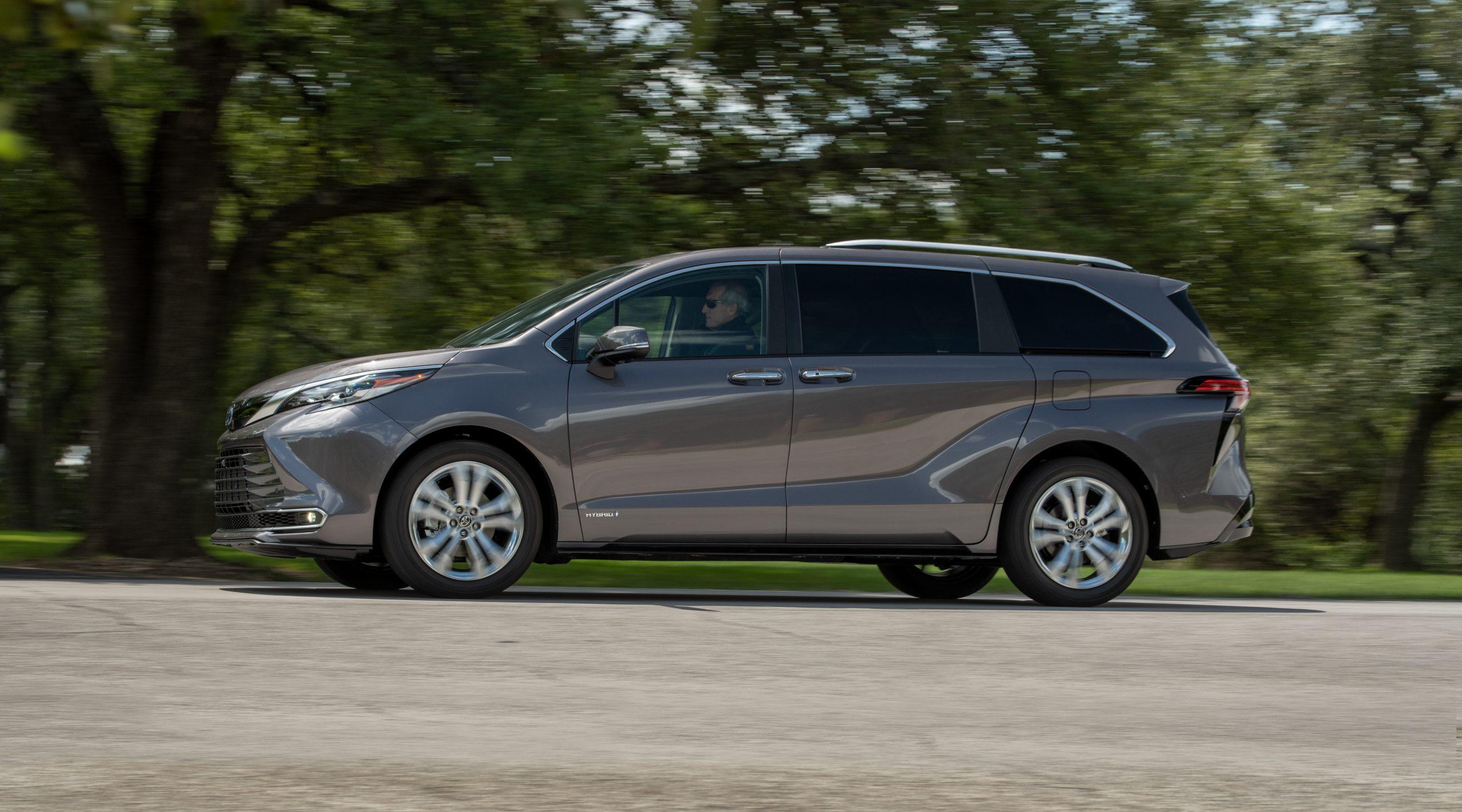 Toyota's 2021 Sienna minivan in profile.