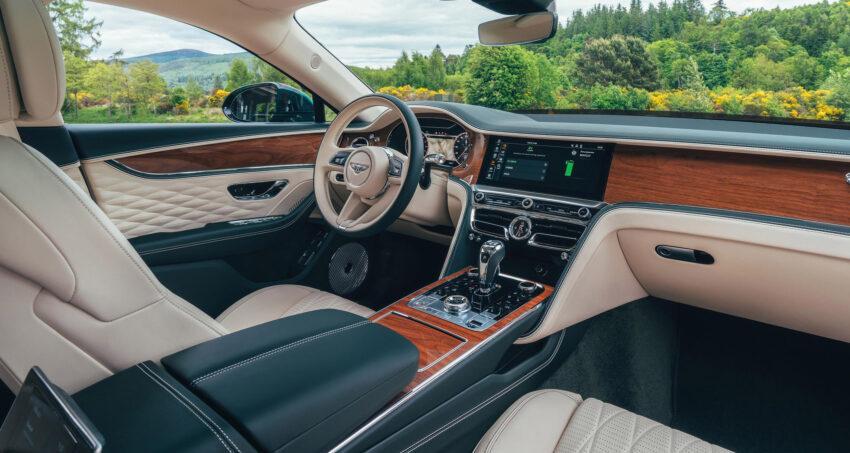 2022 Bentley Flying Spur Hybrid interior.